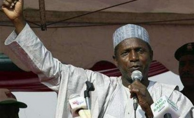 Two Nigerian ministers resign over graft charges