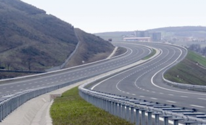 Tender opened for Turkish city highway