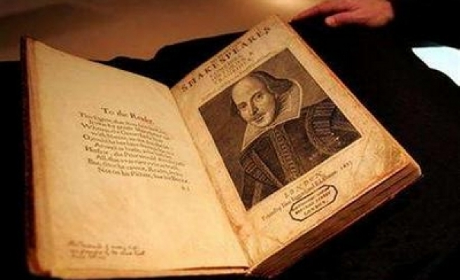 Shakespeare goes digital with online project