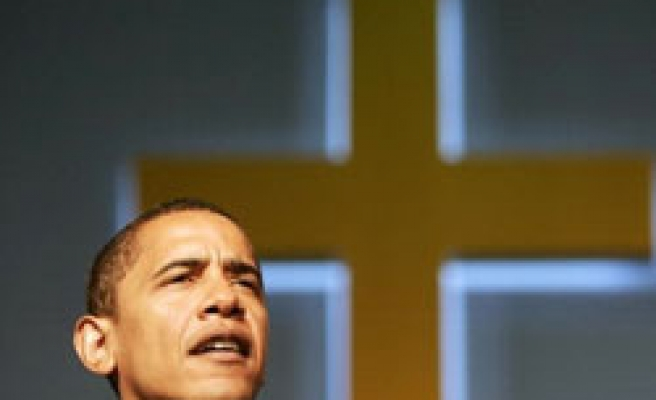 1 in 10 US voters think Obama is Muslim: Poll