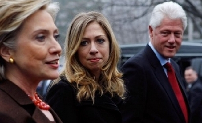 Clinton says no intention of dropping out: report