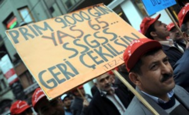 Turkish unions relaunch protests against labor law