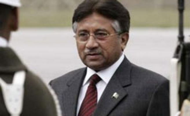 Musharraf to hold nuclear talks in China