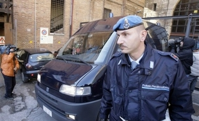 Ex-Italian militant arrested for attacks on Islamic sites