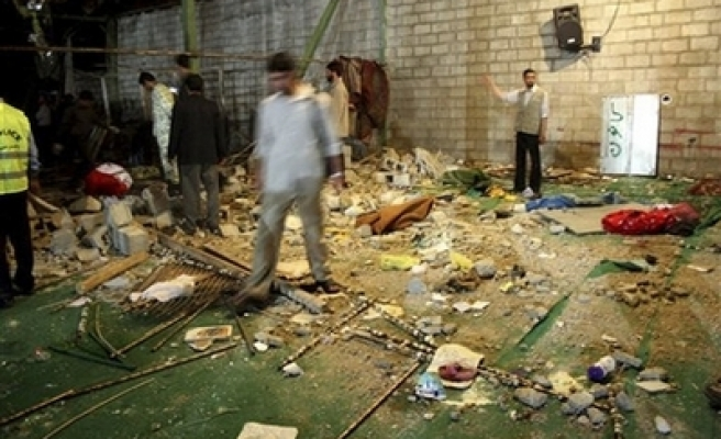 At least 12 killed, 202 wounded in Iran mosque blast