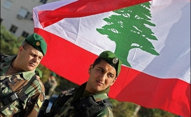 Lebanon defends detention of four army generals
