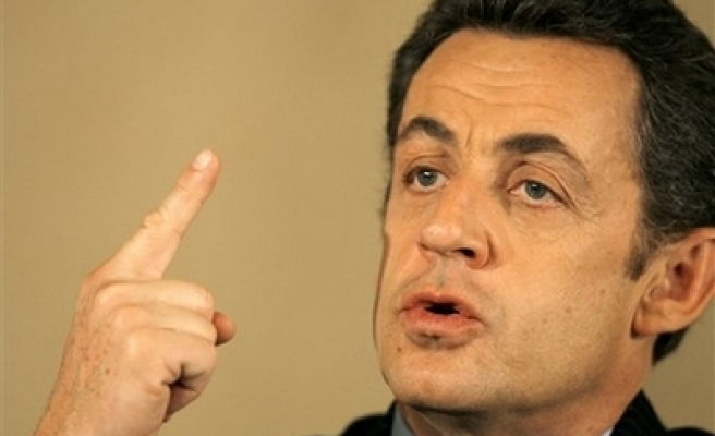 Most French see no improvement under Sarkozy -poll