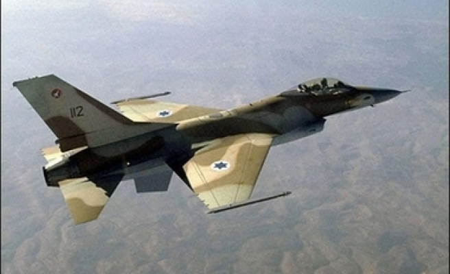 Lebanon fires at Israeli jets violating its airspace