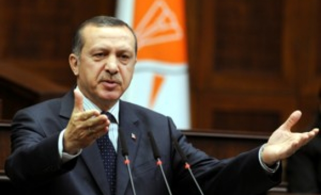 AKP: Defense 'very strong,' rules out early election