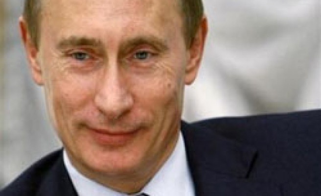 Putin begins forming prime ministerial team