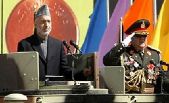 Karzai escapes assassination bid / VIDEO