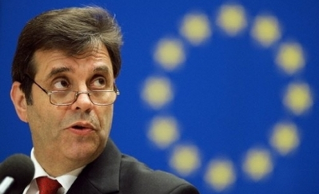 Netherlands, Belgium offer Serbia pact compromise