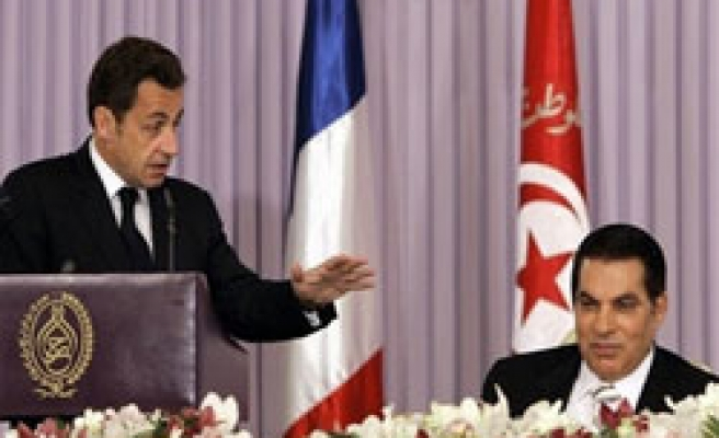France and Tunisia sign accord on nuclear cooperation