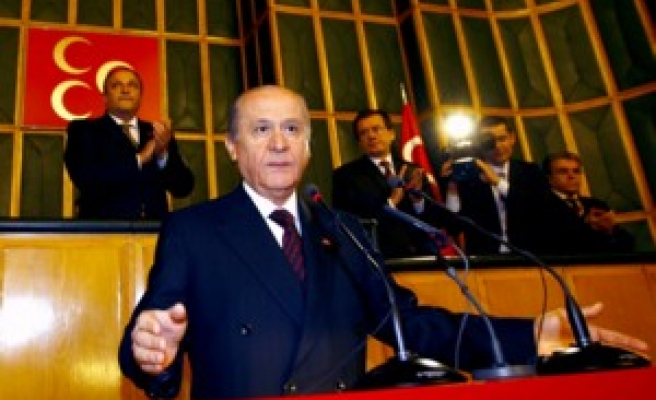 Turk opposition: 'Gov't betraying country with 301 reform'