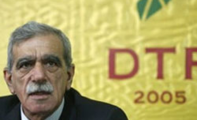 Pro-Kurdish DTP's strategy: Hang on until local elections