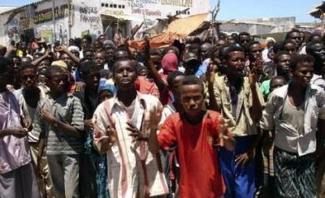Mogadishu rocked by food demonstrations