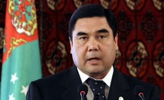 Turkmenistan to free prisoners on victory day