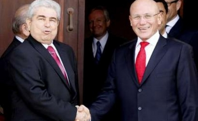 Turk, Greek Cypriot leaders agree on more contacts