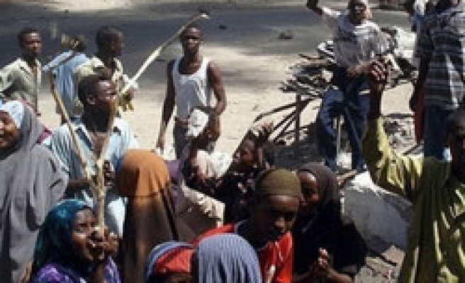 Somali Islamists ambush troops outside Mogadishu