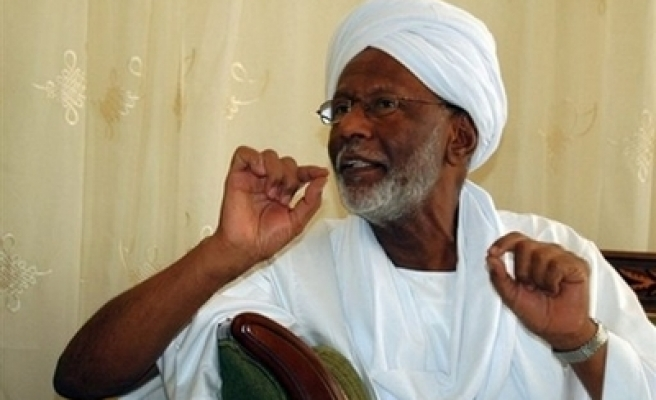 Sudan's Turabi arrested after his ICC call on Bashir
