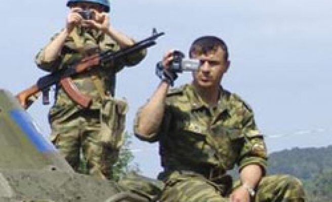 Russia withdrawing its railway troops from Abkhazia