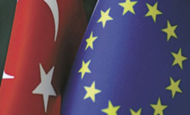 Turkey must complete adjustment to EU till end of 2013: Envoys