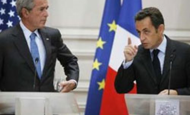 France eyes joint EU transport, military culture
