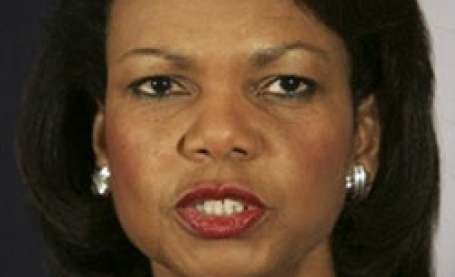 Rice makes unannounced visit to Lebanon