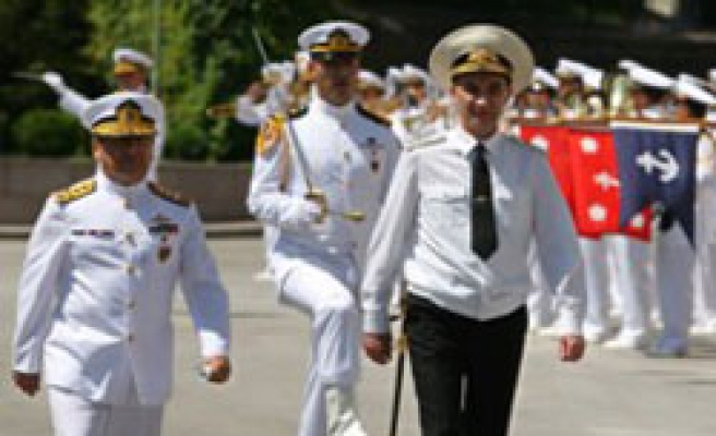 Russian Navy Chief meets Turkey's Naval Forces Commander