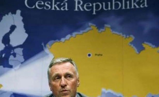 Czech PM not to force lawmakers to vote EU treaty