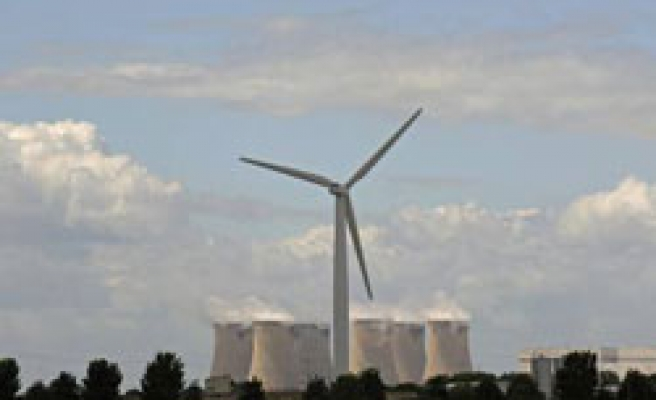 Britain promises 'green revolution' with energy plan