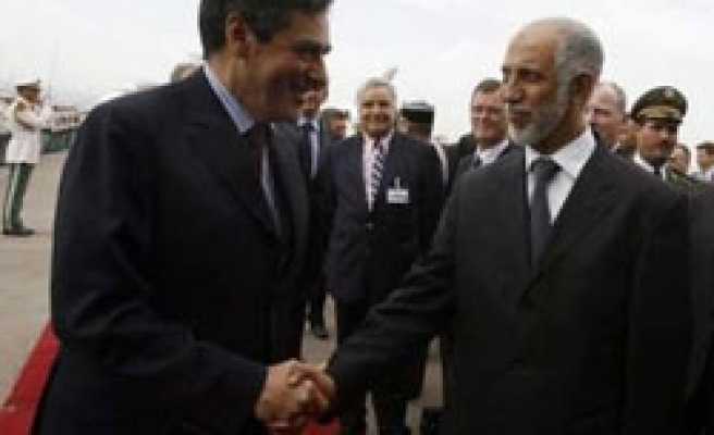 French PM hails 'transformation' in Algeria ties