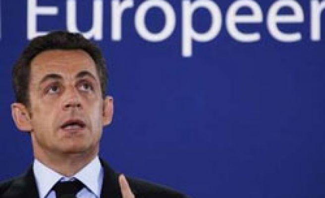 Sarkozy 'to change' French policy in Israel visit