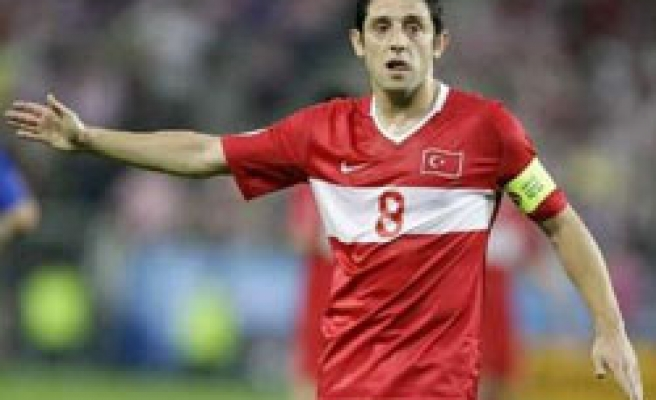 Turkey striker Nihat out of tournament