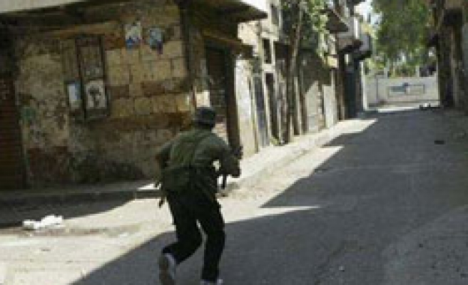 Fighting rages in north Lebanon for second day
