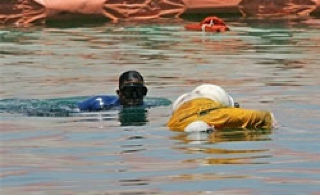Rescuers find 50 bodies far from Philippine ferry