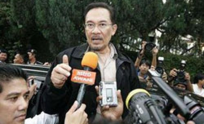 Anwar launches counter-attack over sodomy cases