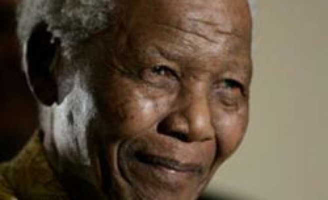 Mandela finally dropped from US 'list of terrorists'