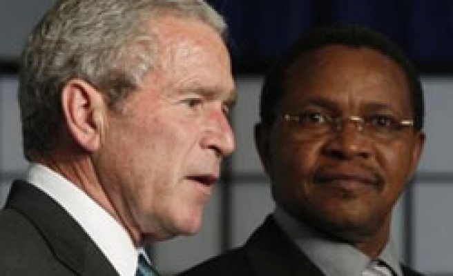 G8 backtracking on Africa pledges: Activists