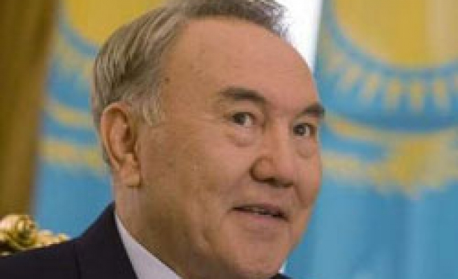 Kazakhstan starts building gas pipeline to China