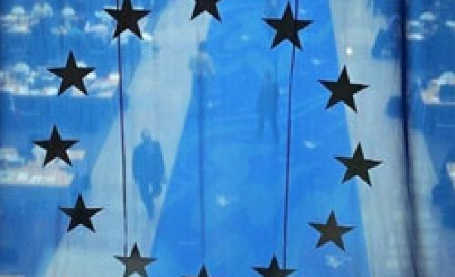 EU pledges 500 million euros for Kosovo