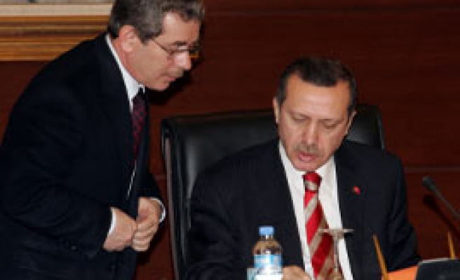 Ex-AKP Minister resigns amid new party-forming claims