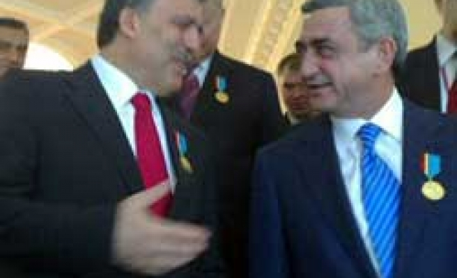 Gul's visit to Armenia depends on developments: FM