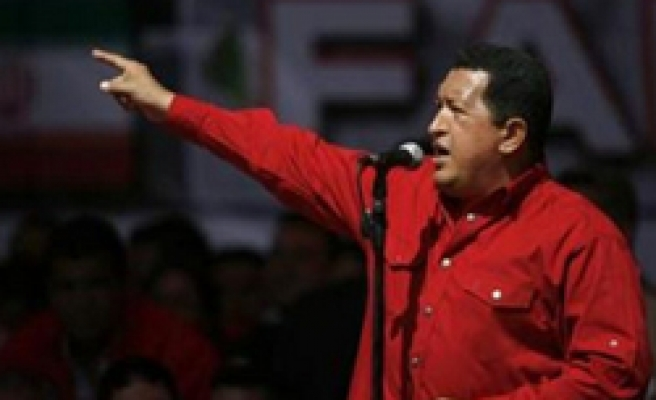 Chavez: US ties would be no warmer with Obama