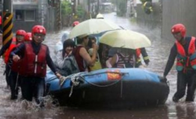 Tropical storm leaves 18 dead in Taiwan
