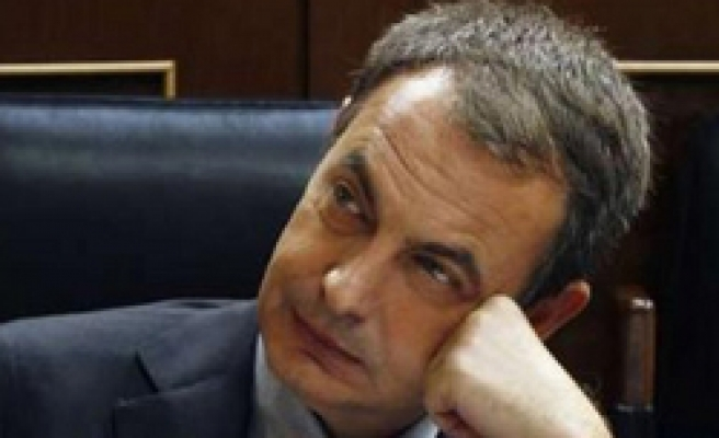 Zapatero popularity at low in Spanish crisis: Poll