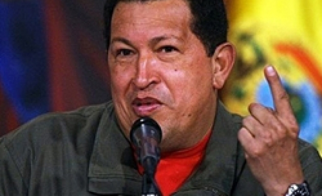 Venezuela's Chavez seeks arms deals in Russia
