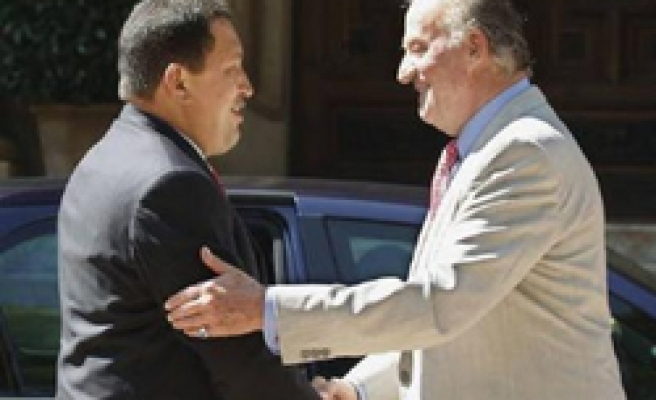 Chavez meets king of Spain after 'shut up' incident