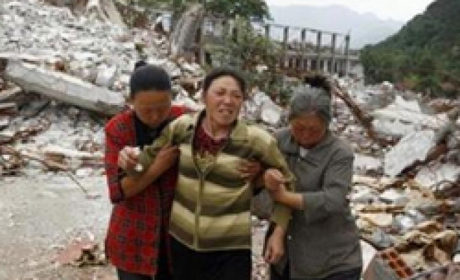 Parents of China quake victims can have 2nd child