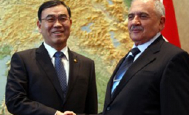 Turkey, S Korea to sign 'national tank' project deal